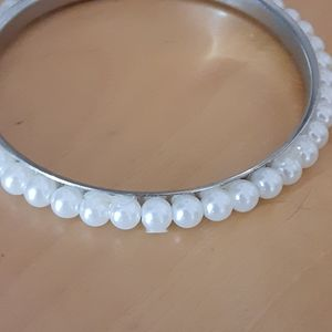 Pearl and Silver plated Bracelet